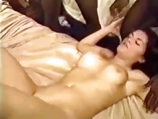 Gangbang Amateur Bbw vid: Time For Spring Planting