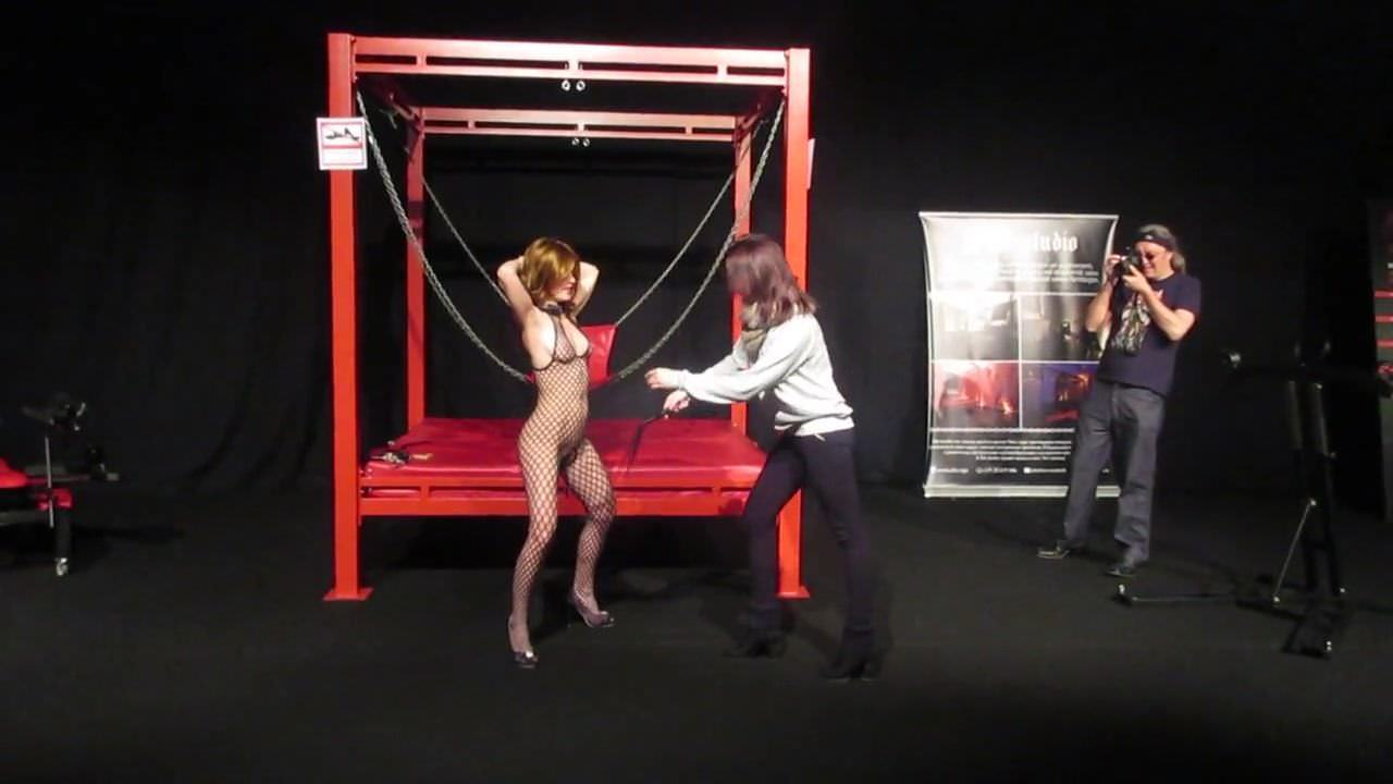 light bdsm stage show