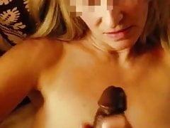Blonde milf wichst jason bbc