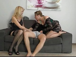 Blowjob Big Cock Threesome video: Two Horny MILF Decided To Fuck Hard One Lucky Guy Big Cock