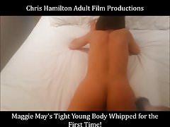 Maggie Mays enger junger Körper, der für ihren ersten Ti gepeitscht wird