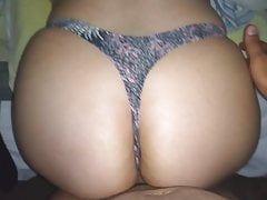 SPECTACULAR THONG !! CUMMING NA siostrze BIG ASS !!