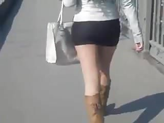 Upskirts Hidden Cams Pantyhose video: Girl in short skirt in the street