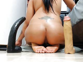 Amateur Webcams Big Ass video: Webcam Big ASS Huge Anal DILDO FUCK
