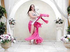 Ładny rosyjski tancerz brzucha