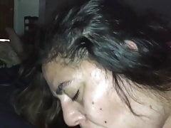 Sperma im Mund der Frau