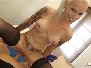 Hardcore Big Tits Milf video: German Stepmom Sophie Logan caught Masturbate and Fuck