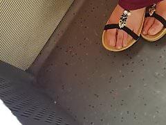 arab feet toes teen model