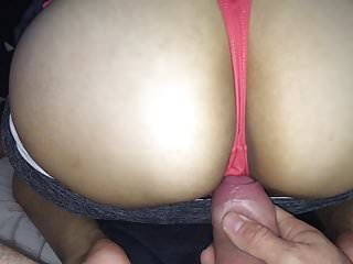 Teens Amateur video: jerking off to my 18year old gf ass and panties
