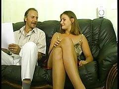 blonďatá s velkými prsa Katia v odlitku