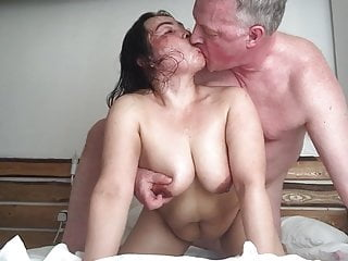 Hardcore Russian video: Thai BBW Whore nailed by British Bull