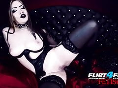 Erny Dark - Flirt4Free - Goth Babe in lattice e calze
