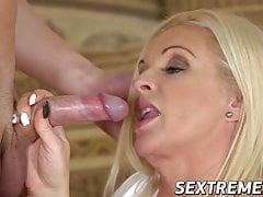 Busty mature vixen seduces stepdaughters big dick boyfriend