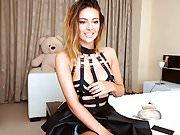 Gorgeous cam model teases on webcam.