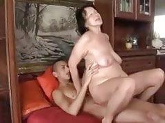 babička šuká s přítelem svého syna
