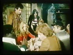 Krasnoludy wolą blondynki (1977)
