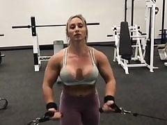 úžasná svalnatá dáma