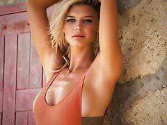 Kelly Rohrbach - Sexy, Caliente