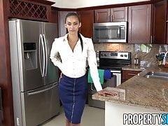 PropertySex - Facet pieprzy szalonego agenta nieruchomości