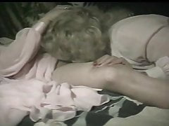Slet Carolyn's heeft Cunt Licked van Lesbian Lover Sexy Desiree