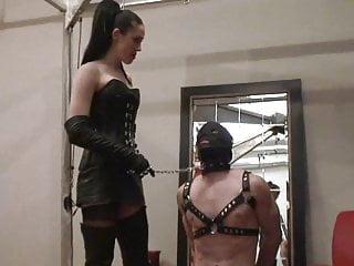 Bdsm Femdom Slave video: darladungeon3