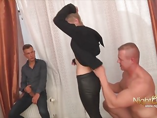Amateur Cuckold 18 Years Old video: CUCKHOLD