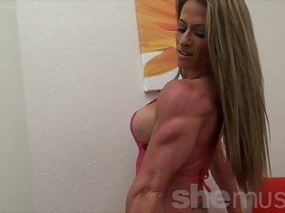 Softcore Big Tits Sexy video: Sexy Female Bodybuilder Shows Off Perfect Body