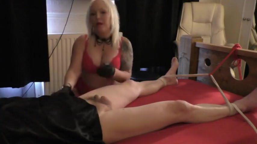 Порно в трусиках и колготках