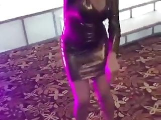 Arab Flashing Teen video: Egyptian drunk girl in wedding get mad