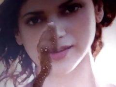 Aditi Rao Hydari Heiße Spucke mit Tribut