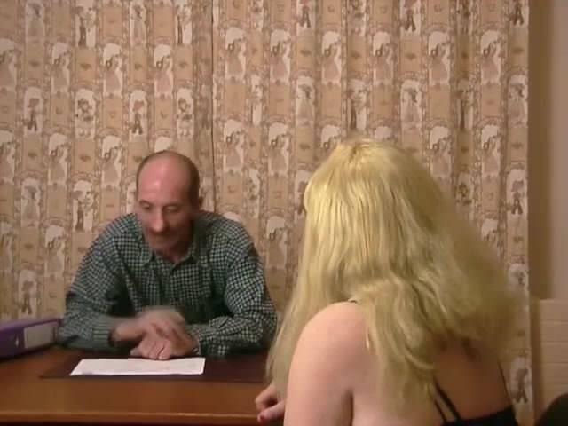 Смотреть порно зрелая выпила