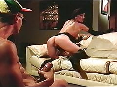 Vintage - Gospodynie domowe oglądają faceta szarpiącego swojego kutasa