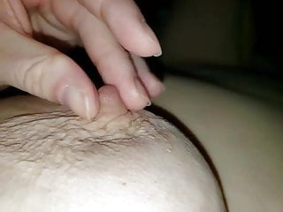 video: Bbw playing with her nipple