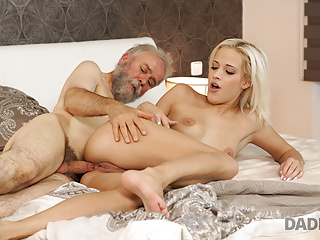 Mature European Hd Videos video: Old and young sex experiment is a birthday gift for blonde