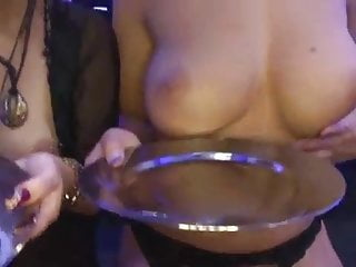 Gangbang Bukkake Blonde video: Manu Magnum und Freundin wollen Sperma