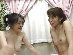 Azjatyckie Lesbijki Zabawa z zabawkami