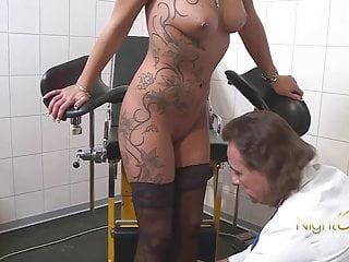 NIGHTLCUB - Lieber Dr. meine Pussy ist zum ficken da