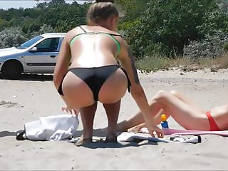 Sexy sex showing off a sweet ass on the beach, Part 2