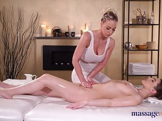 Babes Massage Kissing video: Massage Rooms Sybil Kailena and Nathaly Cherie