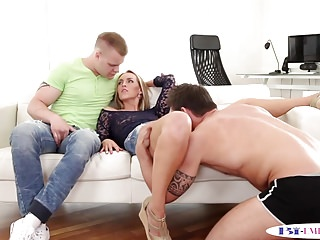Bisex hunk plows male ass in trio with babe