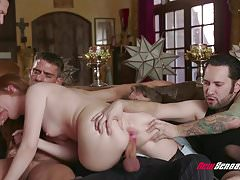 Hotwife Maya Kendrich Gangbang Mentre Hubby Watches