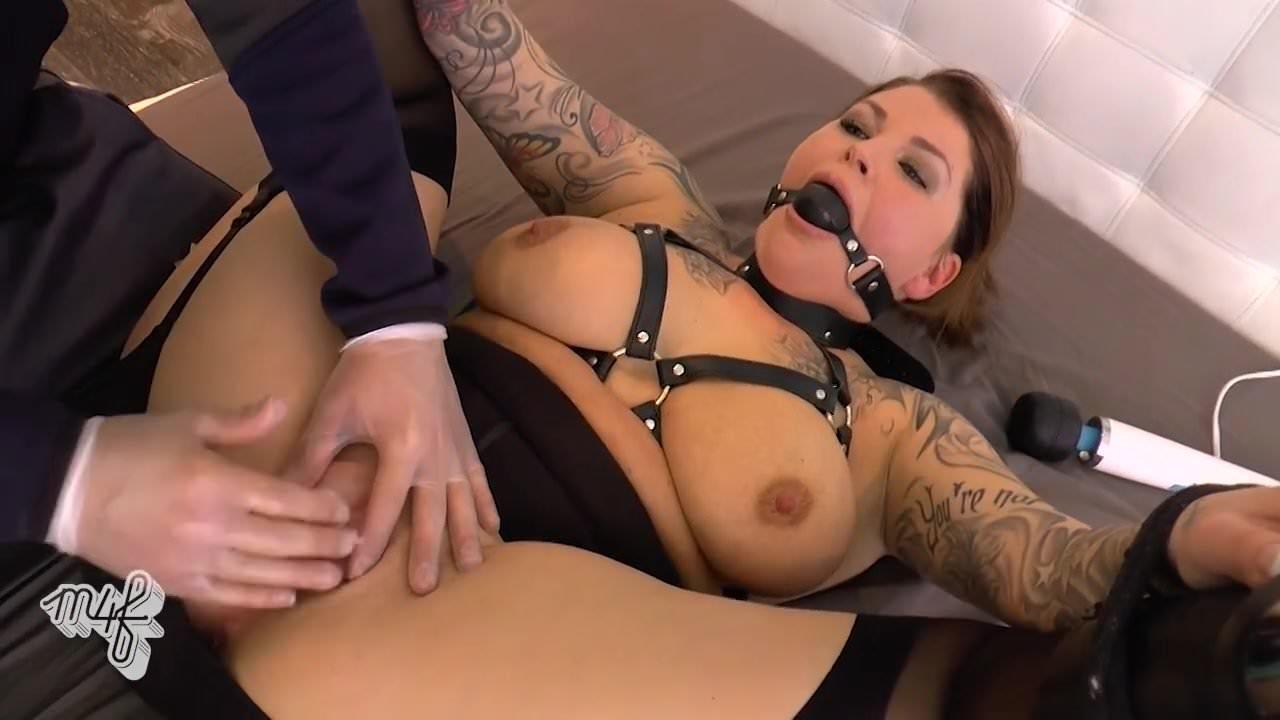 Порно видео лесбиянки массаж телом
