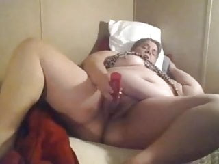 Mature Webcam xxx: If the husband does not fuck me then I fuck myself