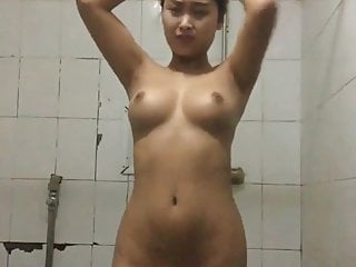 Asian Striptease Homemade video: Busty Chinese Girl stripping