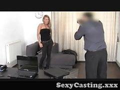 Casting - La ragazza inchiostrata si fa scopare duro