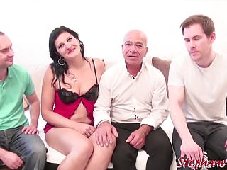 Milfs Gangbang Amateur video: The return of Kalista for a mini gang bang