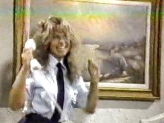 Doggy Style vid: Cherry Tricks (1985)