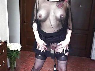 Kinky slut pussy pumping gaping insertion