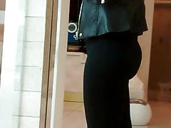 Candid short clip of arab with a big ass.