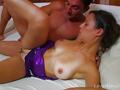 Tanned Beauty Goes Wild For Hard Cock.mp4-Homemade Amateur Video